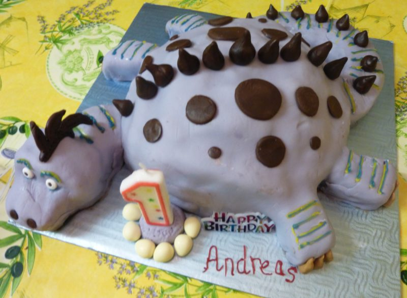 Dilly The Dinosaur Birthday Cake The Gluten Free Greek