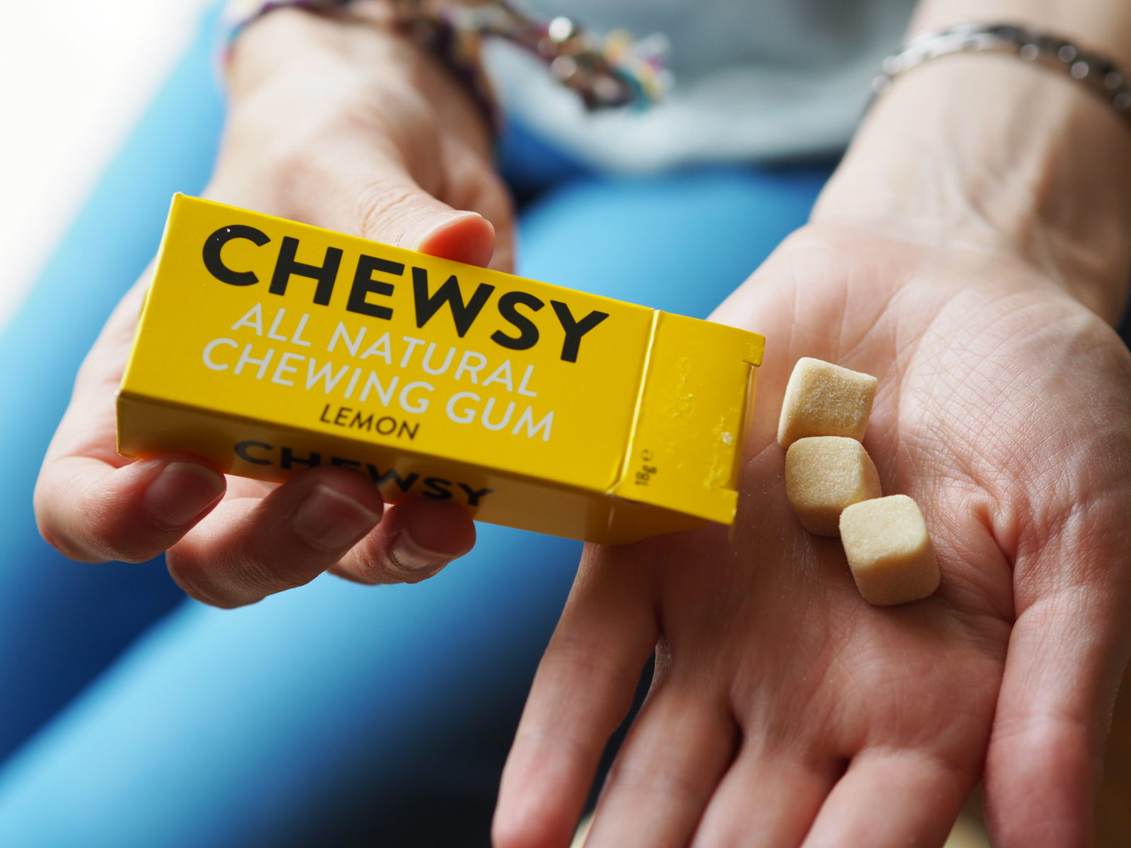 trying some chewsy gum