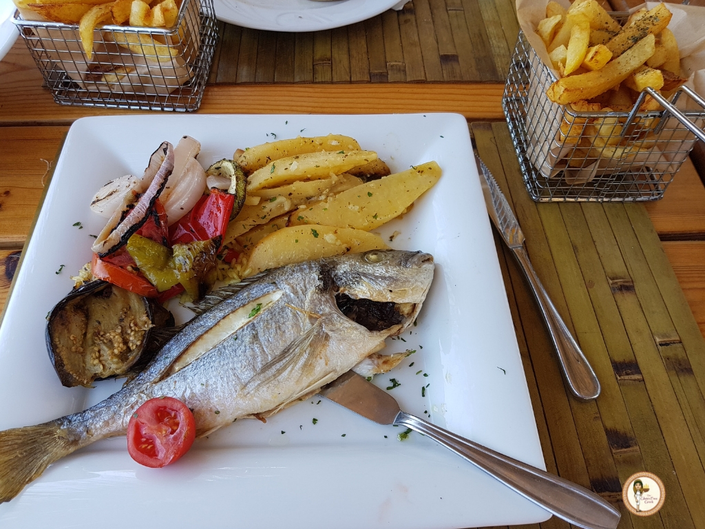rhodes seafood